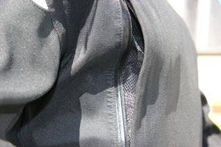 BMW Anzug Comfort Shell Entlüftung