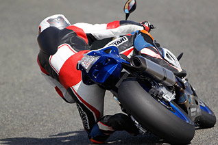 BMW HP4 Action