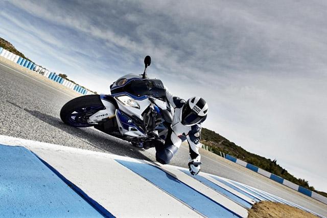 BMW HP4 Jerez Fahrbericht
