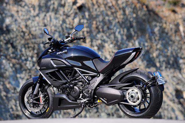 Ducati Diavel Testbericht