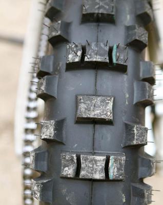 golden tyre 216x