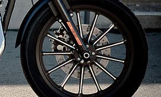 Harley Sportster 883 Iron