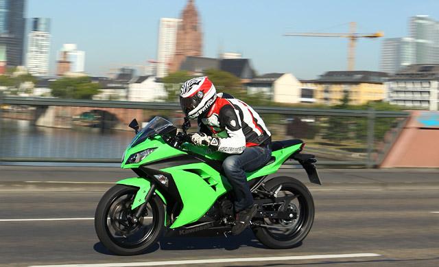 Kawasaki Ninja 300 Testbericht Fazit Actionfotos Testvideo Testbericht