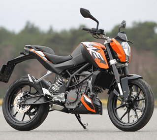 ktm duke 125 test leistung technische daten gebraucht testbericht. Black Bedroom Furniture Sets. Home Design Ideas