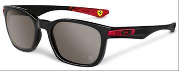 9174-06. OAKLEY SONNENBRILLE CARBON BLADE Scuderia Ferrari Collection  carbon fiber/ruby irid. pol.