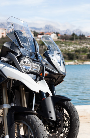 ktm adventure bmw r1200gs