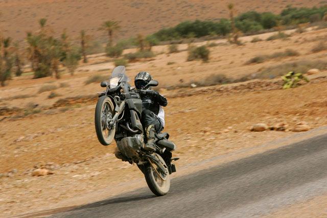 Yamaha XT 660Z Tenere - wheely
